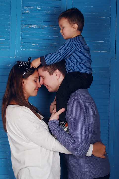15+ Outstanding & Beautiful Family Photos