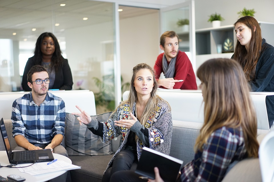fun ways to motivate employees,how to motivate employees,how to motivate employees without money,motivating employees articles